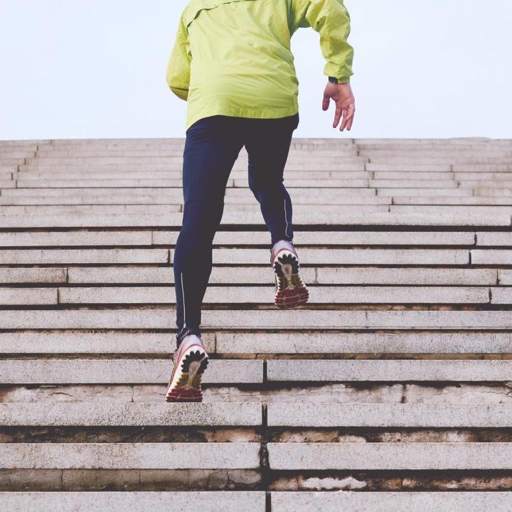 Como manter a motivação para exercício físico no outdoor ou em casa durante os meses maisfrios